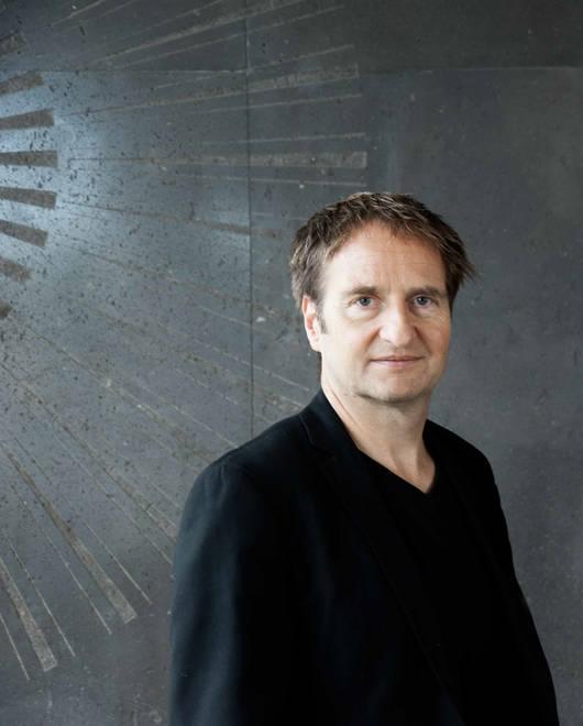 Daniel Ott Künstlerische Leitung Münchener Biennale — Festival für neues Musiktheater